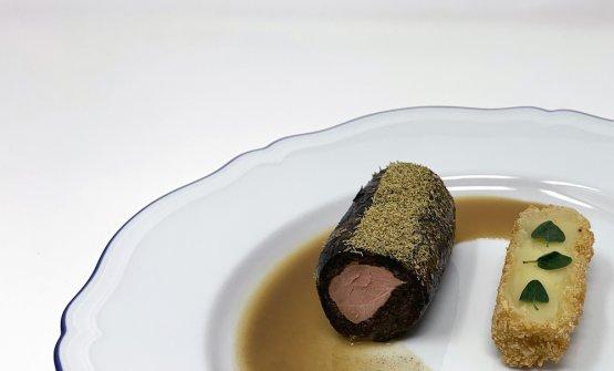 Agnello con ulidea, polvere di camomilla e patata crocchetta