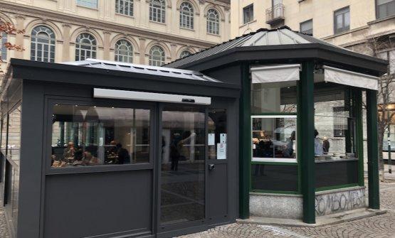 Il chiosco di Exit in piazza Erculea.«Perché questo nome?», racconta Press,«lo abbiamo deciso leggendolo in aeroporto. E' immediato, accessibile, diffuso»