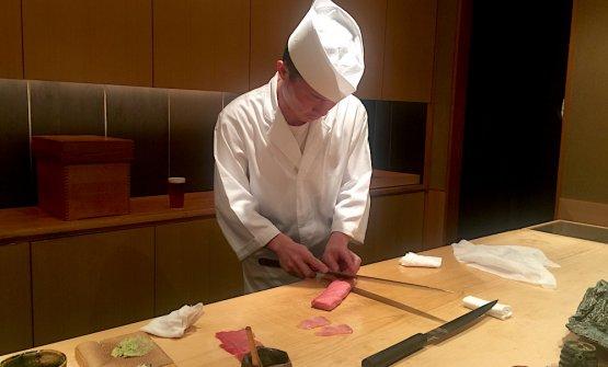 ChefTakayuki Otani al lavoro