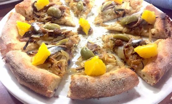 Via Etnea è la pizza 2017 di Patrick Ricci, del Pomodoro & Basilico di San Mauro Torinese