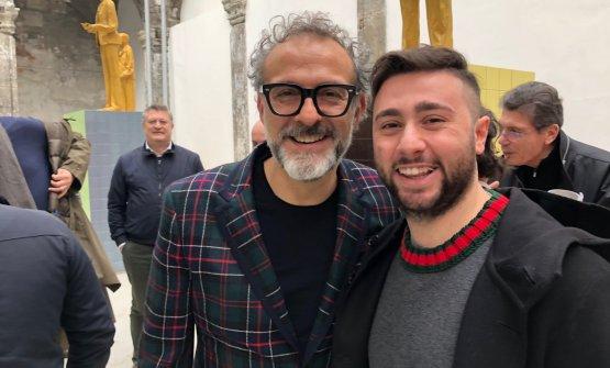 Ciro Oliva con Massimo Bottura all'inaugurazione del Social Table di Napoli, il 14 dicembre scorso