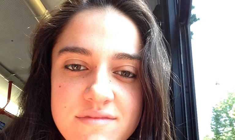 Giulia Lena, fornaia al lavoro con Cristina