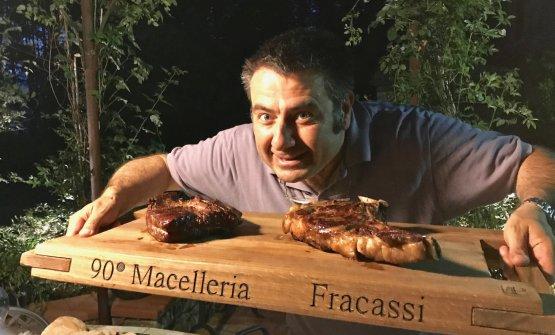 Simone Fracassi, gran macellaio e difensore dell&#