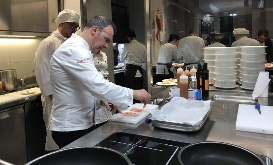 Domenico Soranno nella cucina di via Romagnosi