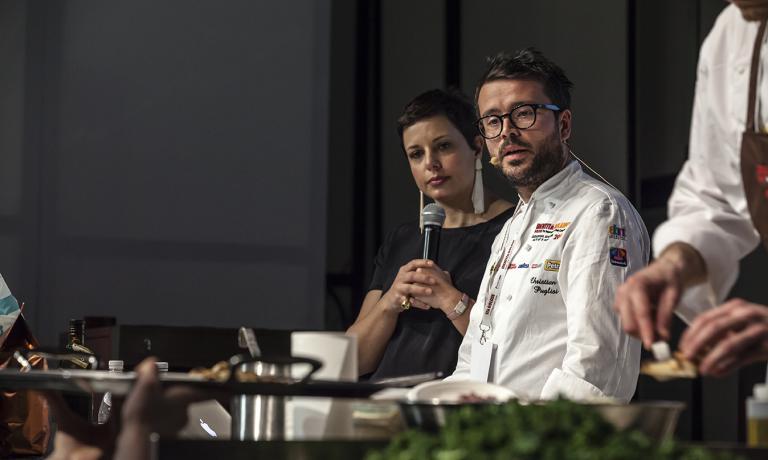 Francesca Barberini ha condotto l'intro pomeri