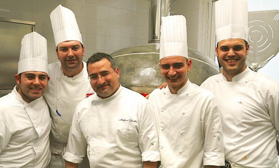 Gianfranco Iervolino e il suo staff della nuova 450 gradi a Pomigliano d'Arco (Napoli)