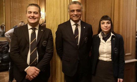 Al centroHosam Eldin Abou Eleyoun, presidente di AIS Lombardia, alla sua sinistra Amalia Bellagatta, alla sua destraLuisito Perazzo