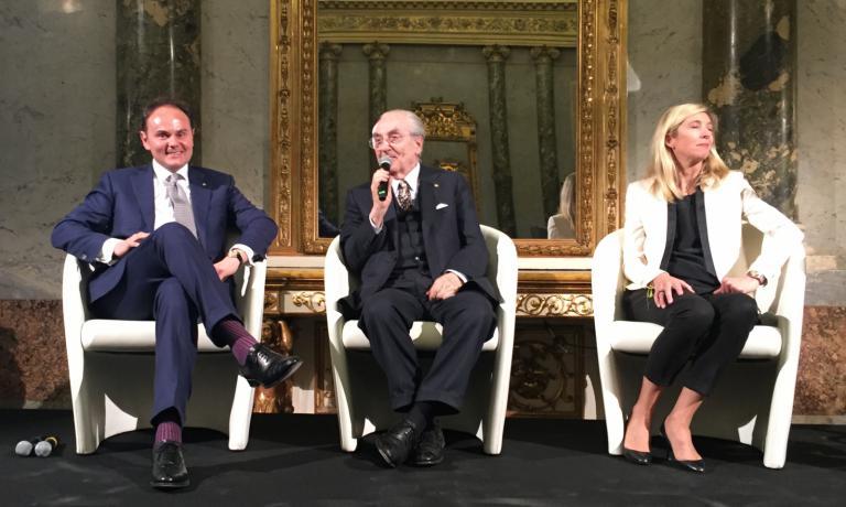Matteo Lunelli (Cantine Ferrari), Gualtiero Marchesi (Il Marchesino, Milano) ed Hélène Pietrini (World's 50Best)
