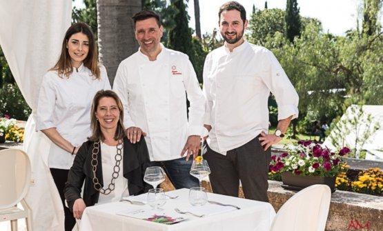De Prai con la squadra attuale del The Cook di Genova:Elisa Arduni, Ivano Ricchebono eMarco Primiceri
