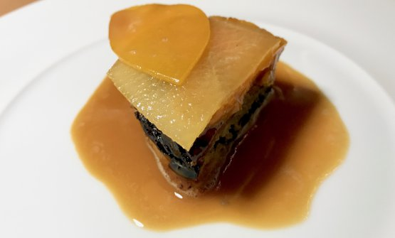 Tarte Tatin with duck in the style of Mantua
