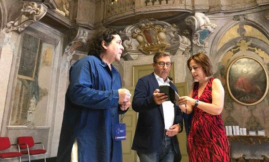 Acurio al suo arrivo al Collegio San Carlo di Modena, in compagnia di Joan Roca