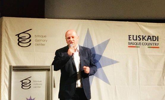 Bittor Oroz sul palco del Basque Culinary World Prize 2018