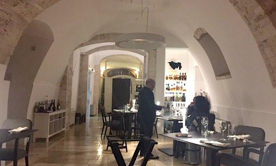 Uno scorcio della sala del ristorante di Angelo Sabatelli