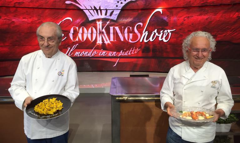 Gualtiero Marchesi ed Ezio Santin: i due meastri dell'alta cucina italiana erano poche ore fa a Identit� Expo, da dove si sono poi recati negli studi Rai per The Cooking Show