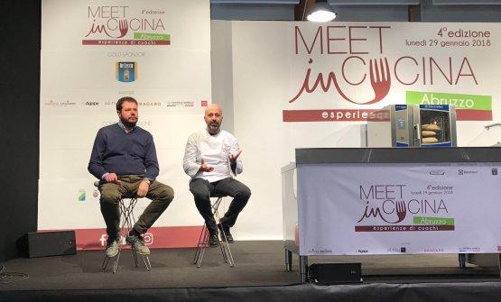 Romito intervistato da Marco Bolasco sul palco di Meet in Cucina