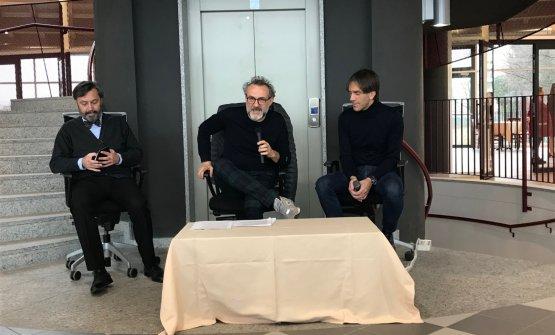 Bottura a Cornaredo tra il dirigente scolastico Luca Azzollini e Davide Oldani