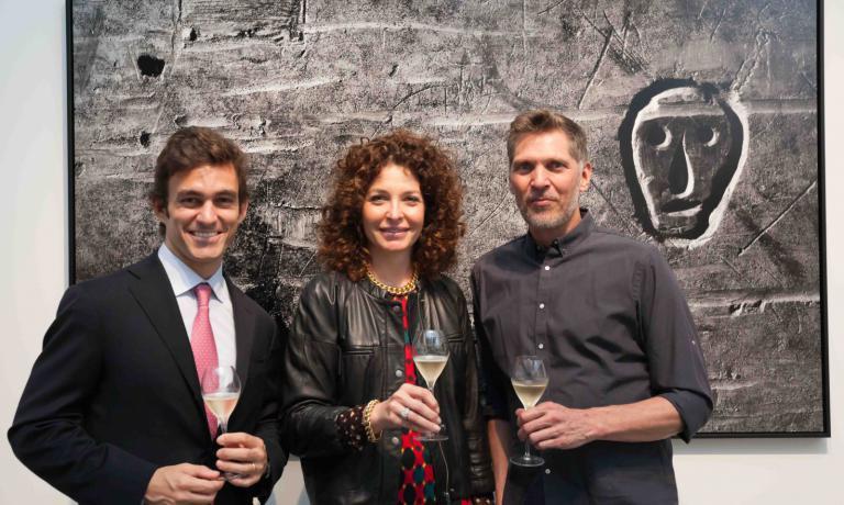 Riccardo Caliceti, Senior Brand Manager Ruinart, Francesca Terragni, Direttore Marketing e Comunicazione Champagne, Wine & Spirits Moet Hennessy e Erwin Olaf
