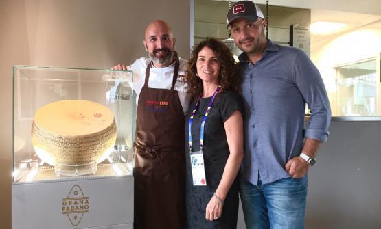 Ribaldone e Bastianich con Elisabetta Serraiotto,responsabile Marketing e Comunicazione del Consorzio Tutela Grana Padano