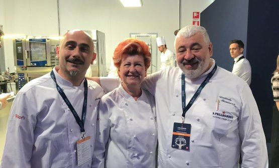 Genovese con Annie Féolde, nella super giuria finale, e Umberto Bombana, mentore del concorrente del Nord-Est asiatico