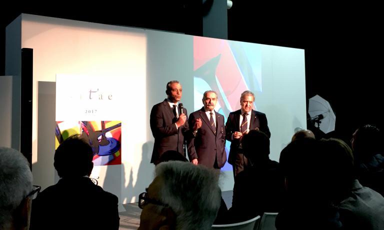 HosamEldin Abou Eleyoun, delegato Ais Milano, il presidente lombardo Fiorenzo Detti e quello nazionale Antonello Maietta alla presentazione di Vitae 2017