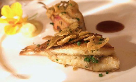 Triglie con rascatura di ceci al profumo di agrumi, foie gras di triglia e pesce azzurro