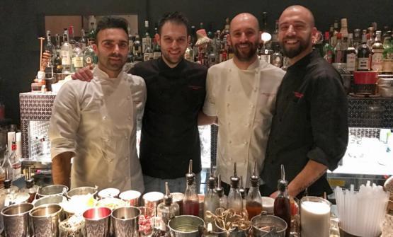La squadra diCarlo e Camilla in Segheria: da sinistraLuca Pedata(chef),Filippo Sisti(barman),Carlo Gallarato(sous chef),Federico Volpe(secondo barman)