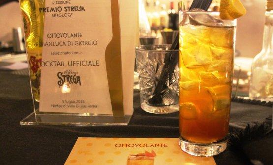 Il cocktail Ottovolante:Liquore Strega, Vermouth, Fernet, Top Ginger Ale e twist di arancia