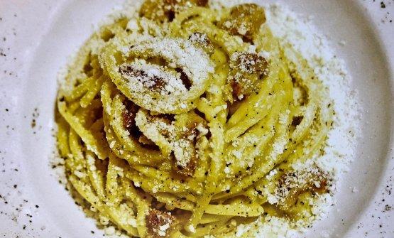 La carbonara di Roscioli, in versione spaghettone