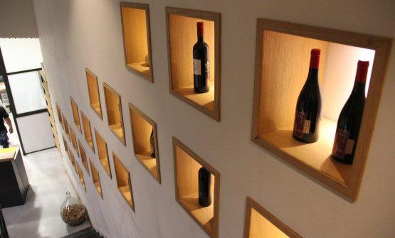 Alcuni dei vini prodotti in esposizione