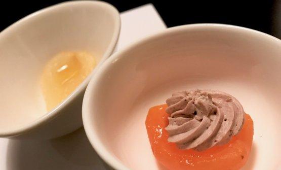 Albicocca e pera Coscia sciroppate con olio e sale, la pera è condita anche con panna e cacao