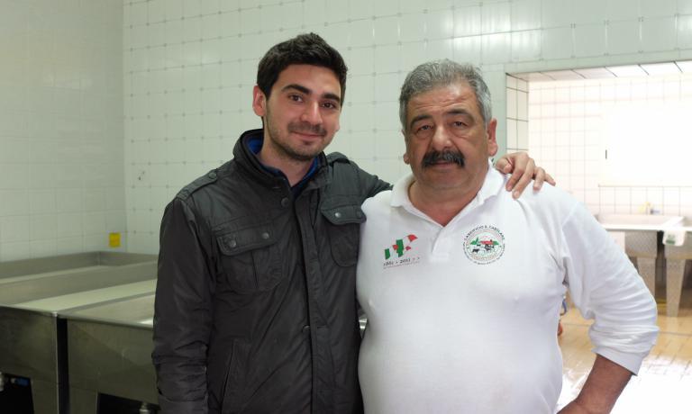 Mimmo La Vecchia, a destra, con il figlio Benito: