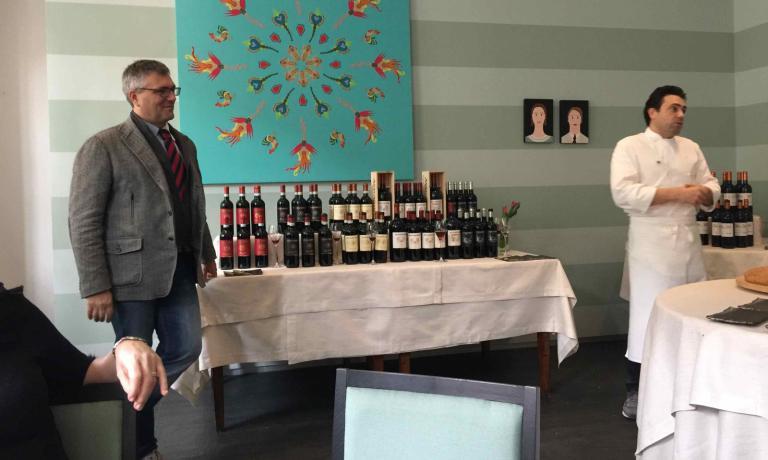 A sinistra,Simone FédiAvignonesi. A destra lo chef Daniel Canzian