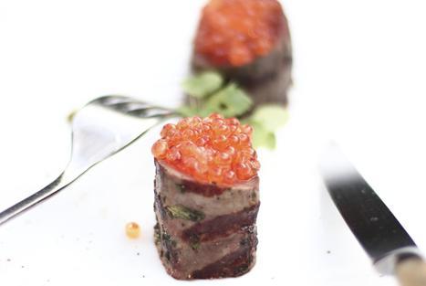 Il cervo, le uova di trota eil pistacchio è il piatto 2017 di Alessandro Gavagna,chef de La Subida di Cormons (Gorizia)