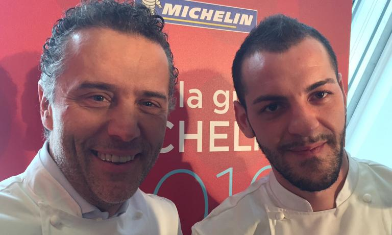 Giancarlo Perbellini's stars (in the photo, to the left) are in fact 3: 2 for Casa Perbellini in Verona, but also one new star for Dopolavoro in Venice (to the right, executive chef Federico Bellucco)
