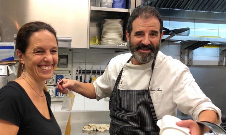 Cristina Borgherini, milanese, e Juan Lemadi Montevideo, moglie e marito e responsabili di sala e cucina di Trattoria Mirta,piazza San Materno12 a Milano