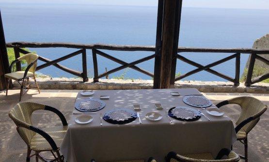 Lo scenografico chef's table del Monastero di SantaRosa