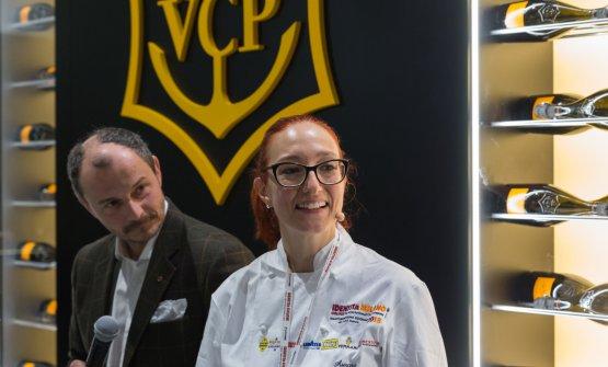 Aurora Mazzucchelli con Luca Turner, che ha condotto gli incontri di Identità di Champagne