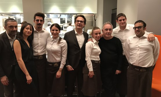 Adrià with the staff at Identità Golose Milano