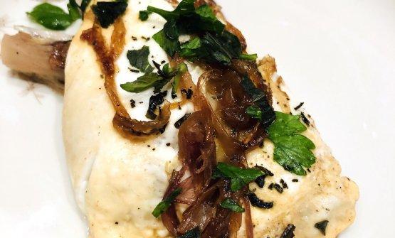 Omelette alla Bismark con radicchio trevigiano al sapore di gelsomino