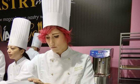 La giovane pasticciera Francesca Chiricosta si rac