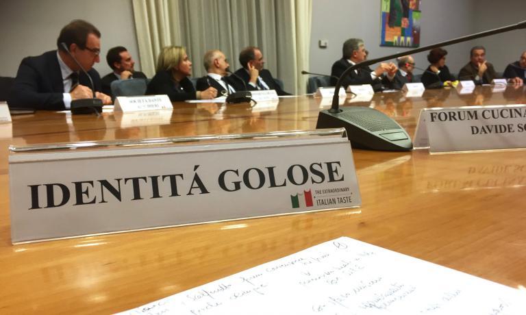 Ieri nuovo importante passo in avanti per la valorizzazione della tavola tricolore nel mondo: è stato riunito per la prima volta ilGruppo di lavoro sulla valorizzazione all'estero della cucina italiana di qualità. Identità Golose c'era