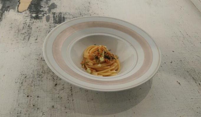 Spaghettoni alle cicale di mare e ostriche di Nicola Fossaceca