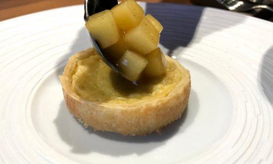 Flan alla vaniglia, dadolata di mela Golden, il tutto accompagnato con un sidro di mele maison. Grande dolce di piacevole semplicità ma elegantissime note aromatiche