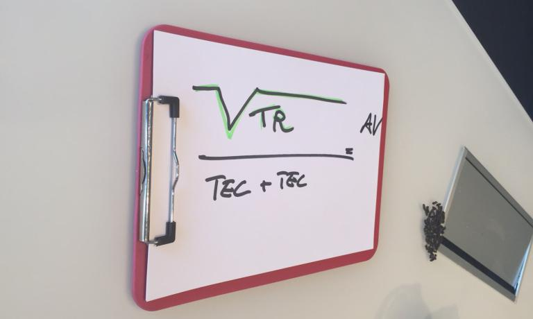 LA FORMULA DI SCABIN. Creatività (o Avanguardia o Futuro) = radice quadrata della Tradizione fratto Tecnica per Tecnologia