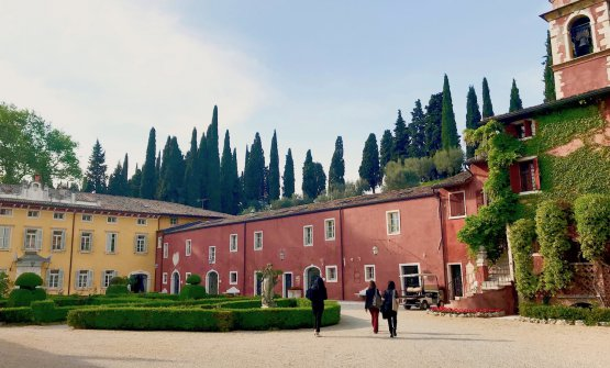 Villa Cordevigo e, sotto, il suo parco