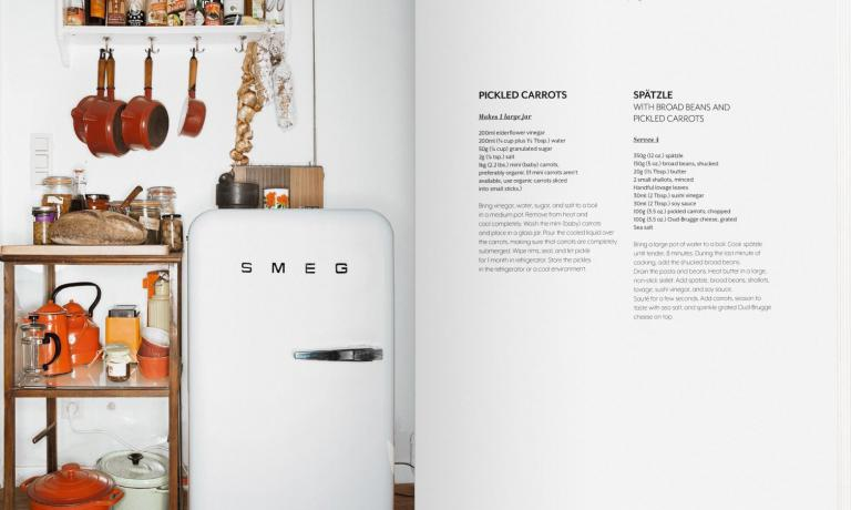 "You can buy ""Inside Chef's Fridges"" online for 39.90 euros"