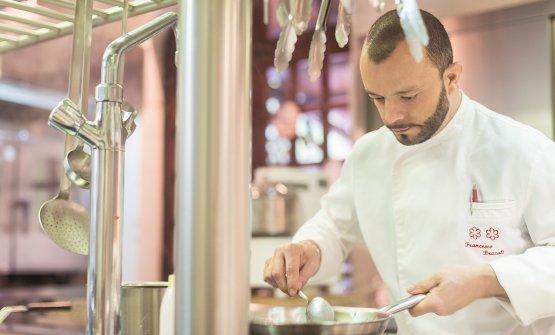 Lo chef al lavoro