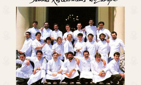 Foto ricordo nel 1992 dei primi soci dell'Associazione dei Giovani Ristoratori d'Europa