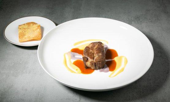 Capocollo di Joselito affumicato, salsa speziata, cipolla e mais