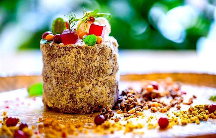 La Torta Kiev del ristoranteKlukva i Brukva, nella capitale ucraina, città dallascena gastronomica sempre più vivace